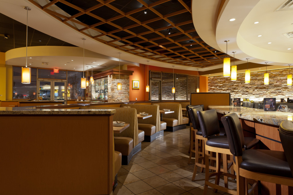 A California Pizza Kitchen featuring Soraa lights.