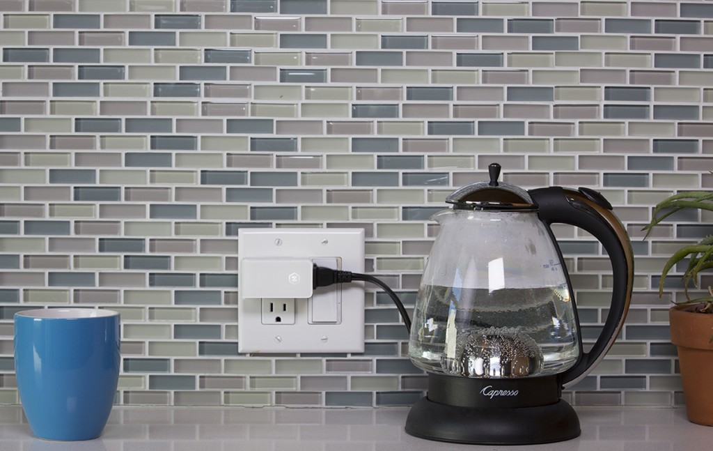The Zuli smart plugs in action.